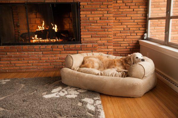 Snoozer Pet Products - Overstuffed Sofa Hondenbed - Buckskin (Luxury)-2765